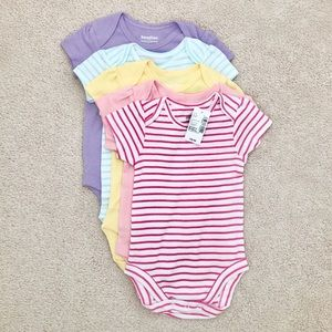 🌈2 FOR 30🌈 Baby girl short sleeve bodysuits